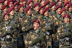 Parachute Regiment consists of PARA and PARA (SF) Battalions known as Para Commando, which are the elite volunteer force of the Indian Army. Military Officer, Military Personnel, National Defence Academy, Indian Army Special Forces, Indian Army Wallpapers, Parachute Regiment, Army Quotes, Armed Forces, Troops