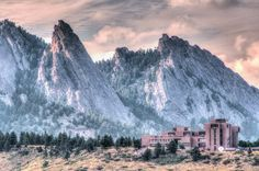Beautiful Boulder Flatirons - I so miss the beauty of this place State Of Colorado, University Of Colorado, Boulder Colorado, Longmont Colorado, Boulder Flatirons, Front Range, Going Solo, Adventure Is Out There, Solo Travel