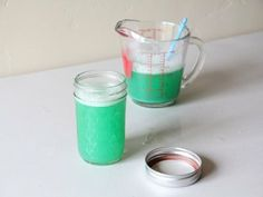 Recipe for colored bubbles // BabyCenter Blog
