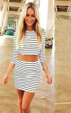 2017 Fashion Long Sleeves Crop Top Striped Stretch Skirt Dress Set