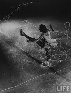 Figure Skater Carol Lynne by Light Painting Photographer Gjon Mili Light Painting Photography, White Photography, Motion Photography, Photography Collage, Experimental Photography, Ice Skating, Figure Skating, Gjon Mili, Spirals In Nature