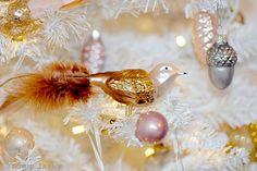 Christmas tree bird  by Torie Jayne Christmas Colors, Christmas Home, Christmas Tree Decorations, Vintage Christmas, Xmas, Bird Tree, Decor Crafts, Enchanted, Happy Holidays