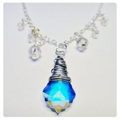 Nyaklánc inspiráció Swarovski Elements #6090 Baroque medálból Crystal AB színben