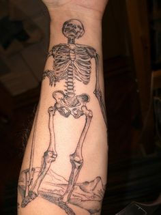 com img src http www tattoostime com images 174 simple skull tattoo Small Love Tattoos, Arm Tattoos For Guys, Beautiful Tattoos, Amazing Tattoos, Head Tattoos, Forearm Tattoos, Body Art Tattoos, Tattoo Ink, Skeleton Tattoos