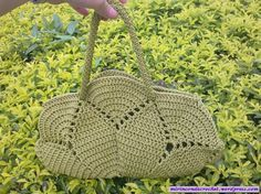 Wow this is lovely, #crochet bag.