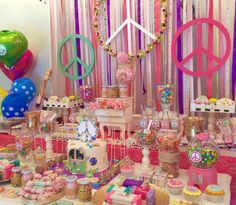 Peace love party for a tween girl birthday party | Catchmyparty.com