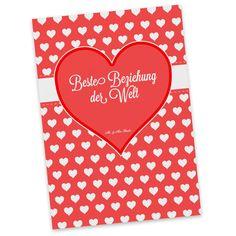 Postkarte Herz Geschenk Beste Beziehung der Welt aus Karton 300 Gramm  weiß - Das Original von Mr. & Mrs. Panda.  Diese wunderschöne Postkarte aus edlem und hochwertigem 300 Gramm Papier wurde matt glänzend bedruckt und wirkt dadurch sehr edel. Natürlich ist sie auch als Geschenkkarte oder Einladungskarte problemlos zu verwenden. Jede unserer Postkarten wird von uns per hand entworfen, gefertigt, verpackt und verschickt.    Über unser Motiv Herz Geschenk  Das Motiv Herz Geschenk ist ein…