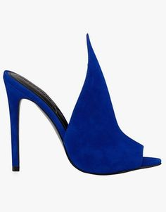 Kendall + Kylie Essie peaked suede mule pumps in medium blue. Sock Shoes, Shoe Boots, Shoe Bag, Hot High Heels, Womens High Heels, Olympia Shoes, Summer Heels, Shoes 2014, Pretty Shoes