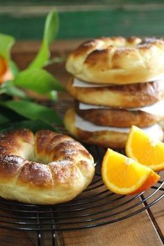 Biscuit Bread, Pan Bread, Bread Baking, Mexican Sweet Breads, Mexican Food Recipes, Beignets, Donuts, Sweet Dough, Sweet Little Things