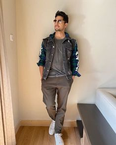 Bollywood Celebrities, Bollywood Actress, Formal Men Outfit, Bollywood Outfits, Karan Johar, Indian Man, Handsome Actors, Bollywood Stars, Beautiful Celebrities
