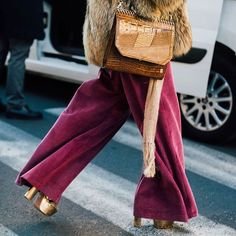 The best street style from the Milan menswear shows - via the link in bio via BRITISH VOGUE MAGAZINE OFFICIAL INSTAGRAM - Fashion Campaigns Haute Couture Advertising Editorial Photography Magazine Cover Designs Supermodels Runway Models