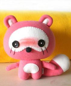Free Cute Kawaii Felt Raccoon Plush Pattern and Tutorial Kawaii Crafts, Kawaii Diy, Cute Crafts, Felt Crafts, Fabric Crafts, Kawaii Felt, Plushie Patterns, Stuffed Toys Patterns, Doll Patterns