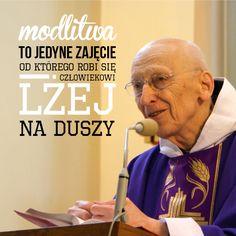 zebraliśmy dla WAS najciekawsze myśli Ojca Leona :) którego, jak co roku będziecie mogli spotkać na Targach Książki w Krakowie, na naszym stoisku C16 >> http://blog.tyniec.com.pl/kazdy-nowy-dzien-nowy-tydzien-jest-nadzieja-ze-cos-sie-poprawi-motywatory-ojca-leona-knabita-cz-1/