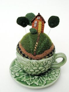 Forest Tiny World Pincushion. I have a little mushroom sauce boat that would be perfect for a tiny world like this! Tiny World, Wet Felting, Needle Felting, Felt Art, Pin Cushions, Needle Book, Needle Case, Textiles, Sewing Projects