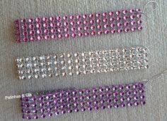 Gargantilhas imitação strass com lastex para colocar no pescoço.  Cores: prata, rosa, roxa e vermelho.    Medida: 15cm x 2cm    Você pode escolher as cores de sua preferência para compor o pacote com 10 unidade ou enviaremos o pacote padrão contendo: 2 gargantilhas pratas, 3 rosas, 3 roxas e 2 ve...