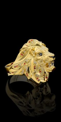 Lionhead 18 karat gold mens ring