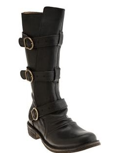 Zombie kicking boots. DO WANT.