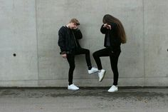 Discovered by Betül. Find images and videos about girl, cute and style on We Heart It - the app to get lost in what you love. Boy Best Friend Pictures, Boy And Girl Best Friends, Bff Pictures, Cute Friends, Boy Or Girl, Bff Pics, Photos Bff, Friend Photos, Boy And Girl Friendship
