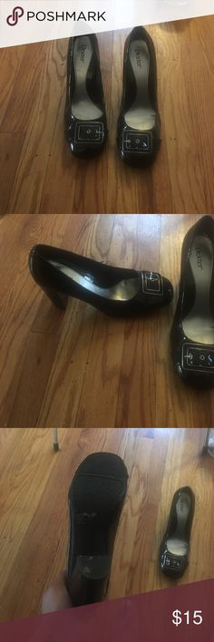 Shiny Patent Heels Beautiful heels with buckle accent. Size 10W. Very beautiful & classy. EUC!! dexter Shoes Heels
