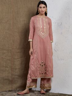 Best 12 Old Rose Hand Embroidered Cotton Gota Kurta Pakistani Dresses Casual, Pakistani Bridal Dresses, Pakistani Dress Design, Indian Dresses, Designs For Dresses, Dress Neck Designs, Stylish Dresses For Girls, Simple Dresses, Embroidery Suits