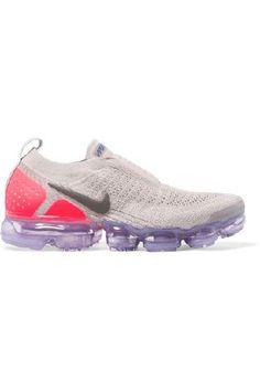 Nike - Air Vapormax Moc 2 Flyknit Sneakers - Lilac | Eeseeagans Online on WeShop Air Max Sneakers, Sneakers Nike, Nike Original, High Intensity Workout, Lilac, Purple, Nike Air Vapormax, Footwear, Shoulder Bag