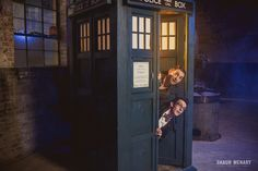 """""""We couldn't just take 'normal people' engagement photos… We aren't normal people!""""   A Gay Couple From Texas Made """"Doctor Who"""" Engagement Photos And They're Wonderful"""
