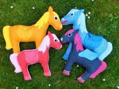 Cuddly Pony tutorial and free PDF pattern