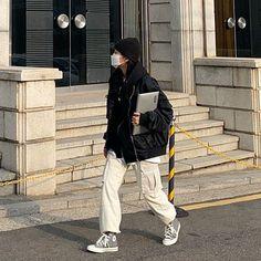 Tokyo Street Fashion, Korean Street Fashion, Asian Fashion, Look Fashion, Winter Fashion, Korean Outfits, Mode Outfits, Fashion Outfits, Grunge Outfits
