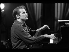 Glenn Gould - Bach's Toccatas - BWV 910, 911, 912, 913, 914, 915, 916 - Remastered Version - YouTube