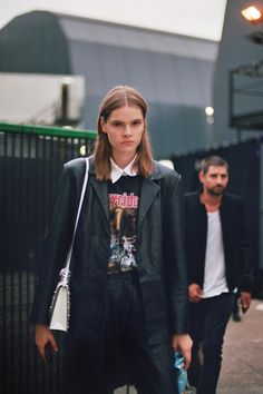 The Coolest Model Off-Duty Style From Fashion Month - neptute. Spring Fashion, Winter Fashion, Fashion Models, Fashion Outfits, Winter Fits, Looks Street Style, Models Off Duty, Mode Inspiration, Celebrity Style