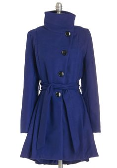 Winterberry Tart Coat in Blueberry. Walking up the path to your familys country home, you catch the rich aroma of treats as warm as your cobalt-blue Steve Madden coat. #blue #modcloth