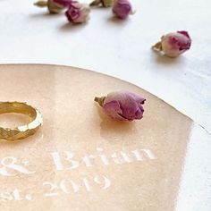 Your names and wedding date, engraved forever in stone. Decorated by hand with gold. Wedding rings designed by moikoo 👏 Gold Wedding, Wedding Gifts, Wedding Ring Designs, Petra, Wedding Accessories, Names, Stud Earrings, Stone, Interior