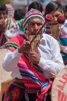 Acabo de compartir la foto de Ronald Alex Espinoza Marón que representa a:  Danzas Autóctonas