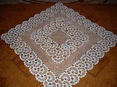 Thread crochet magazines to re Crochet Table Mat, Crochet Tablecloth Pattern, Crochet Motif Patterns, Baby Knitting Patterns, Crochet Doilies, Crochet Lace, Thread Crochet, Filet Crochet, Crochet Necklace Pattern