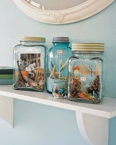 Memory Jar Stuff your favorite souvenirs into pretty glass jars. Display these memory jars on your mantel and treat it as a living arrangement — continue to update or rearrange items as you see fit. Jar Crafts, Cute Crafts, Diy And Crafts, Crafts For Kids, Summer Crafts, Shell Crafts, Martha Stewart Manualidades, Glass Jars, Seashell Crafts