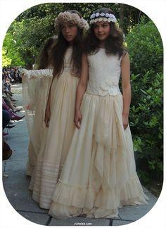 Larrana-comunión-2014-desfile-día-mágico-by-Fimi.jpg (700×962)