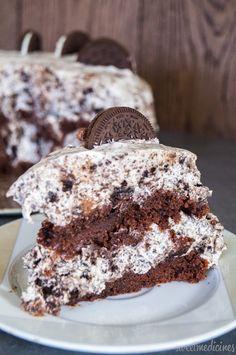 Tort Oreo | Oreo Cake http://sweetmedicines.blogspot.com/2014/12/tort-oreo.html