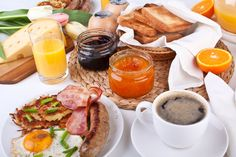 THIS WEEKEND, MADE YOUR OWN BRUNCH!  For more information consult here: http: // www.black-in.com/truc-de-femmes/cuisine/ephemere/ce-week-end-faites-un-brunch-house/