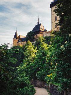 Karlštejn Castle by Maciej Jastrzębski / 500px