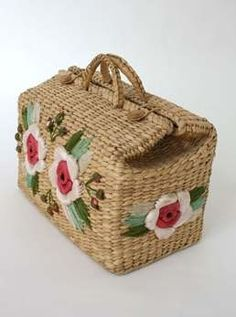 Vintage Straw tote - My site Vintage Purses, Vintage Bags, Vintage Handbags, Lace Bag, Unique Handbags, Embroidered Bag, Straw Tote, Basket Bag, Summer Bags