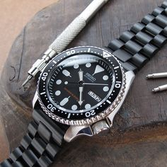 ARE YOU READY TO REBEL ? CHANGE YOUR MIND, CHANGE YOUR SEIKO SKX007 #Strapcode #Seikoskx007 #SKX007 #stainlesssteel #watchband #watchstrap #menfashion