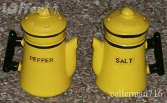Google Image Result for http://cdn102.iofferphoto.com/img3/item/381/642/544/vintage-old-time-coffee-pot-salt-pepper-shaker-set-77ccc.JPG