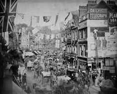 """Previous Pinner wrote: """"Kensington Road 1887 - Queen Victoria's Diamond Jubilee"""" Which is wrong as Queen Victoria's Diamond Jubilee was I'll look into it to either correct the event (Golden Jubilee? Victorian Life, Victorian London, Vintage London, Old London, Victorian History, East London, Old Pictures, Old Photos, Vintage Photos"""