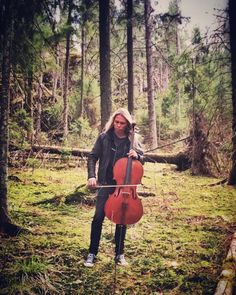 Photoshoot in a forest, Eicca Toppinen, Apocalyptica