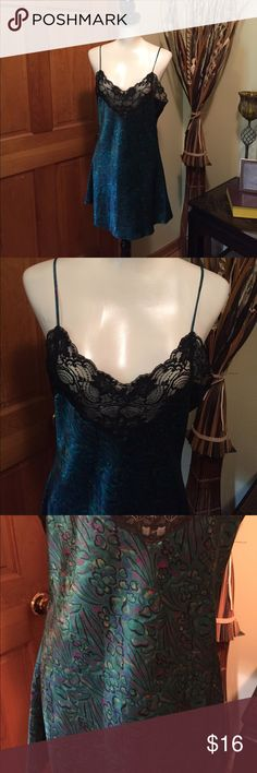 BEAUTIFUL Cacique short gown/lingerie BEAUTIFUL Cacique gown - spaghetti straps - lace bra area - deep bold colors - silky look and feel. Cacique Intimates & Sleepwear