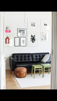 Modern picture wall design