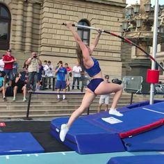 Gymnastics Tricks, Gymnastics Workout, Gymnastics Girls, Sports Clips, Power Tower, Amazing Gymnastics, Acrobatic Gymnastics, Pole Vault, Gym Workout For Beginners