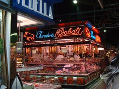 Sant Antoni Market - large and no tourists #santantonimarket #santantoni #barcelona