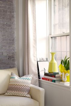 Window Sill Decoration Ideas Original And Creative Design Treatment Deep Curtains Meaning In Tamil Cocina Shabby Chic, Shabby Chic Mode, Casas Shabby Chic, Style Shabby Chic, Shabby Chic Kitchen Decor, Diy Room Decor, Living Room Decor, Home Decor, Bay Window Decor