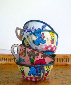 Vintage Tin Tea Cups Toys Set of Four by VintageReinvented